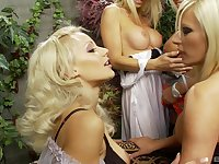 Perfect lesbians using the toys to reach the orgasm