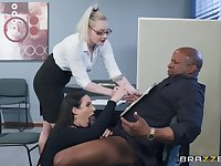 Angela White spreads her legs for a friend's black dick on the table