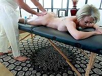 Busty mature pornstar Dee Williams gets a massage and enjoys having sex