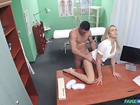 Nurse gets laid with hot patient before swallowing jizz
